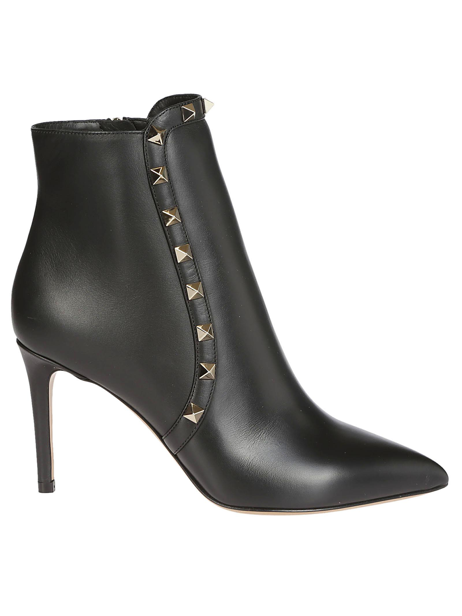 Valentino Rockstud Ankle Boots 10705117