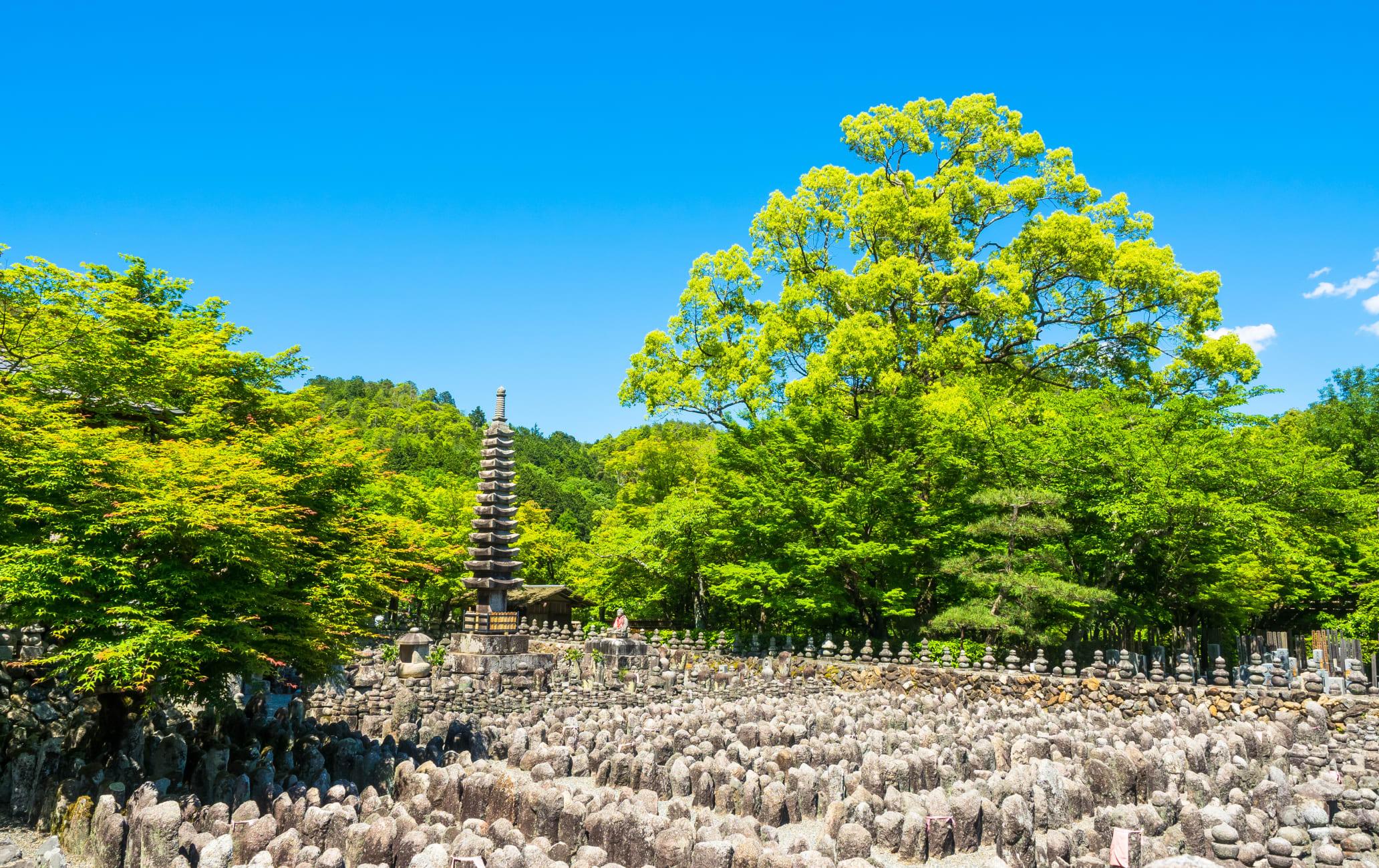 Adashi-no-Nenbutsu Temple