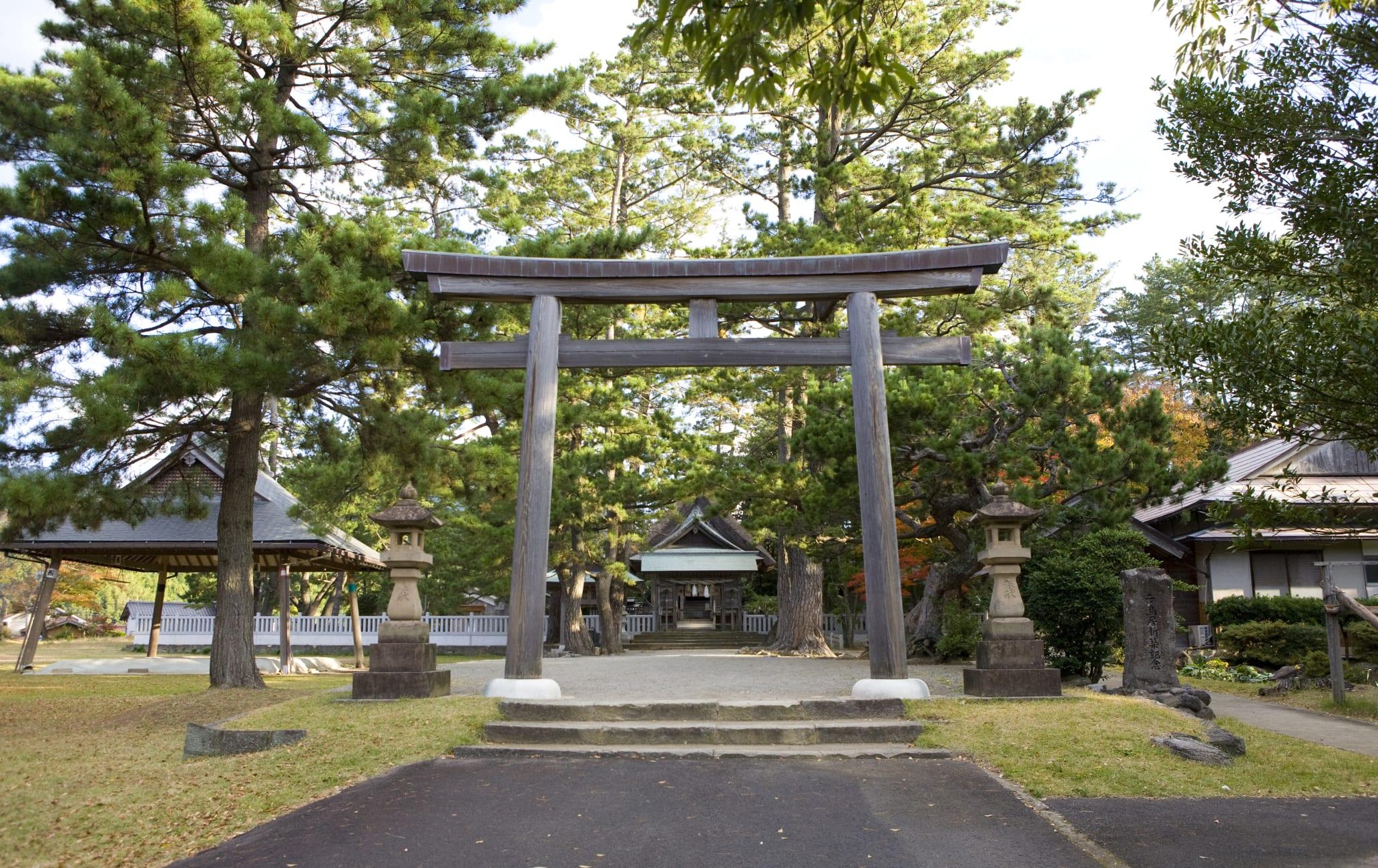Mizuwakasu-jinja Shrine