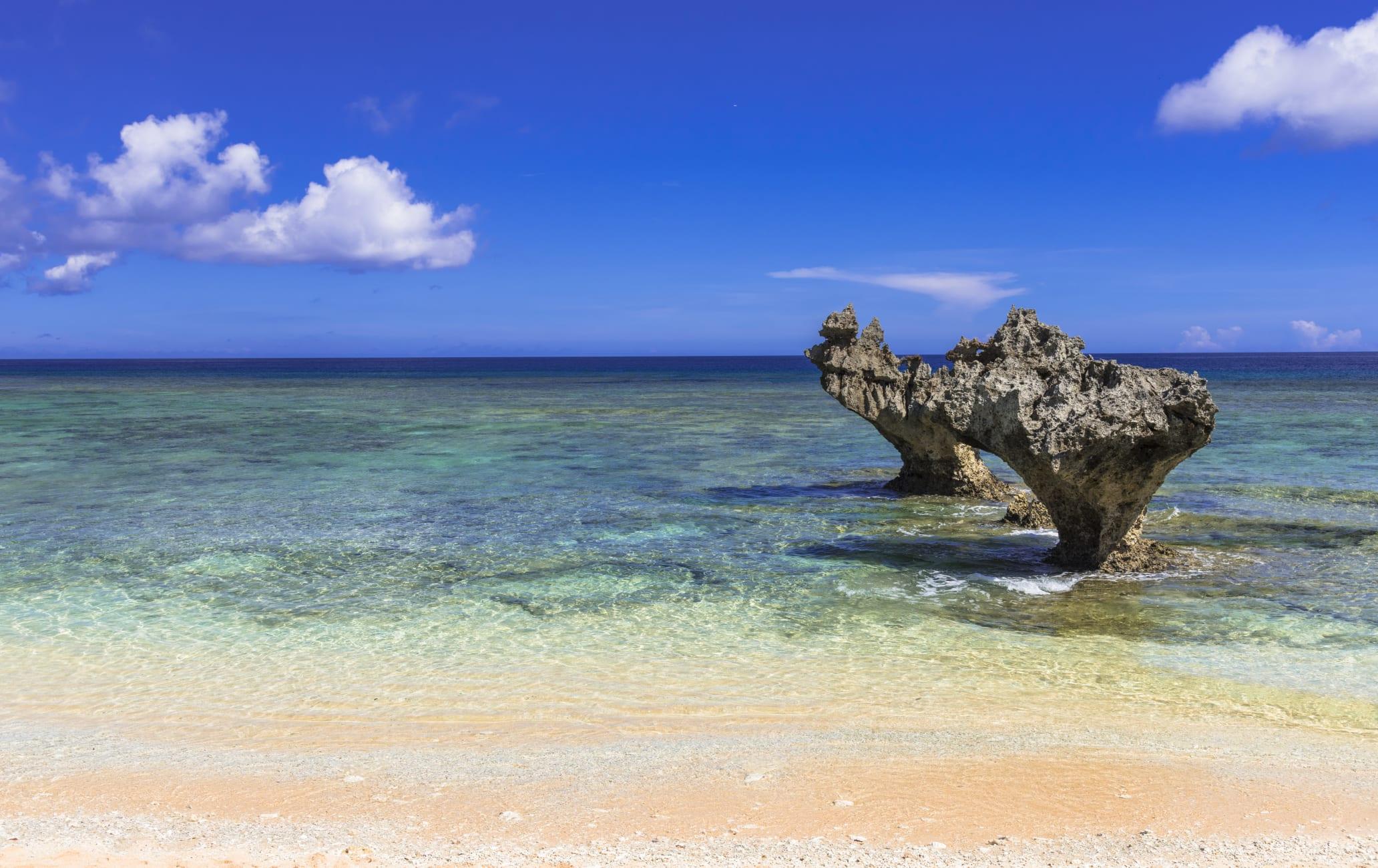 Kouri Island Bridge and Heart Rock