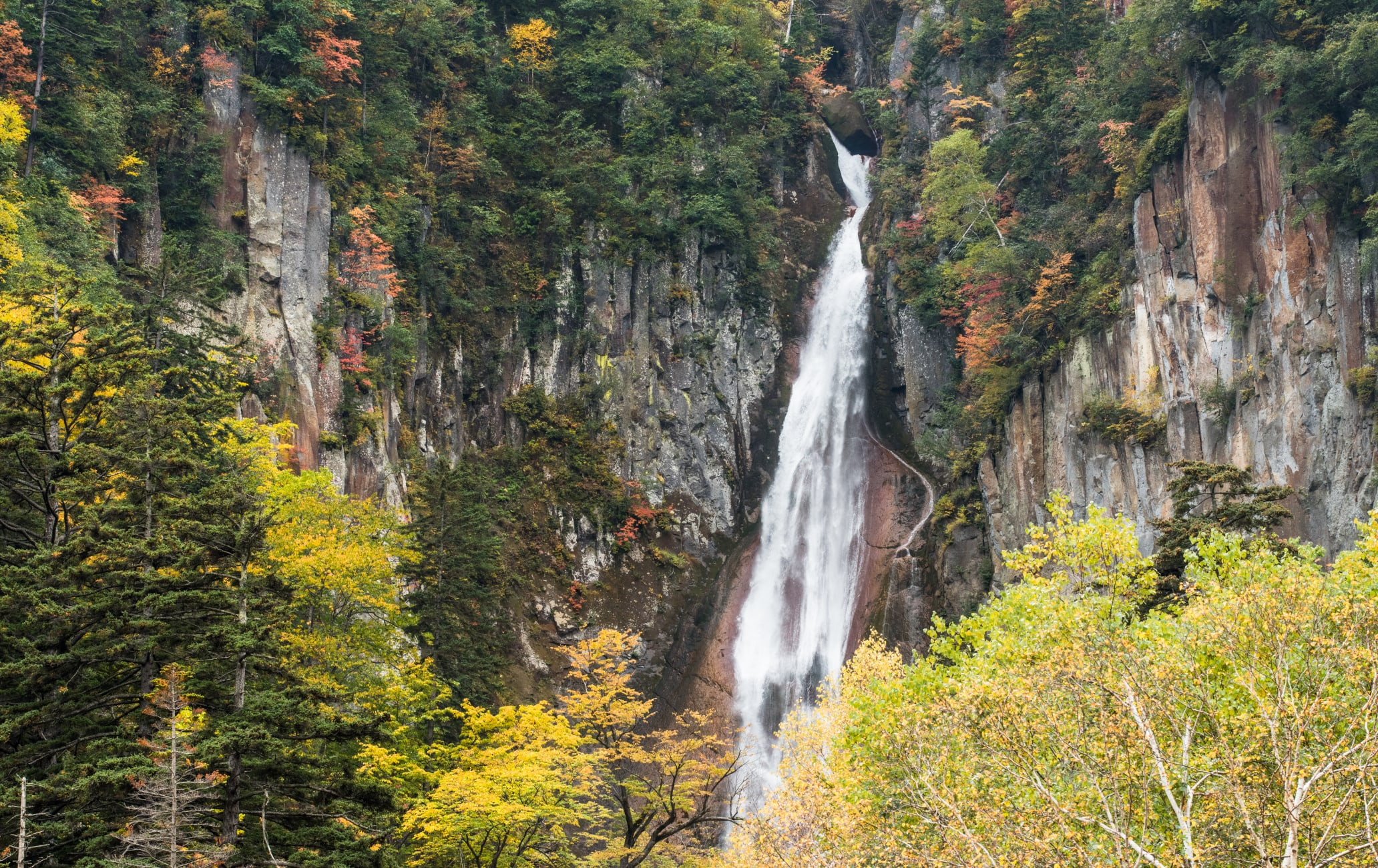 Ryusei-no-taki Falls