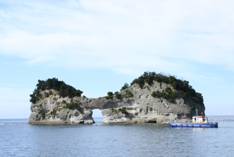 Engetsu-jima Island