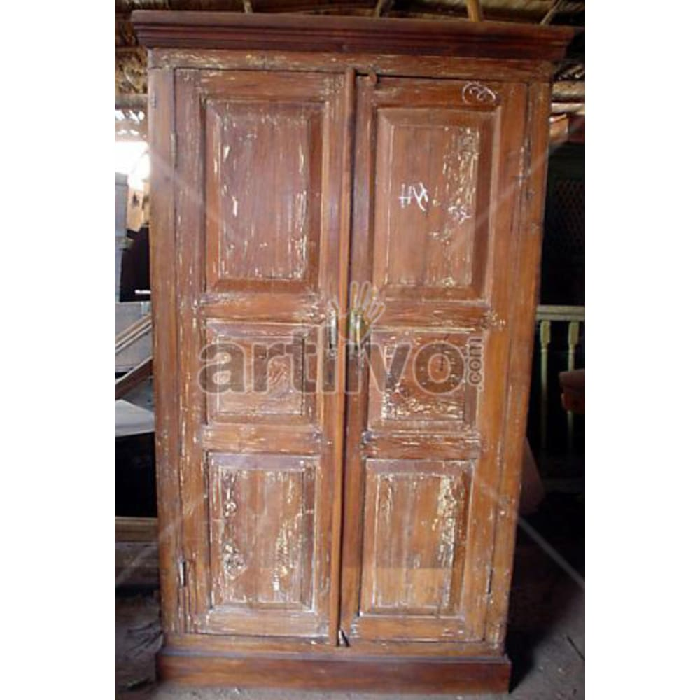 Old Indian Chiselled Extravagant Solid Wooden Teak Almirah