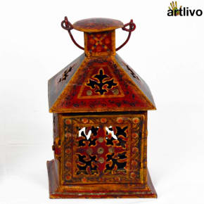 VINTAGE Style Hut Tealight Candle Stand