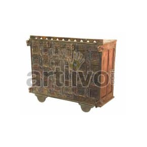 Vintage Indian Beautiful Splendid Solid Wood brown color with chiseled wood art Trunk