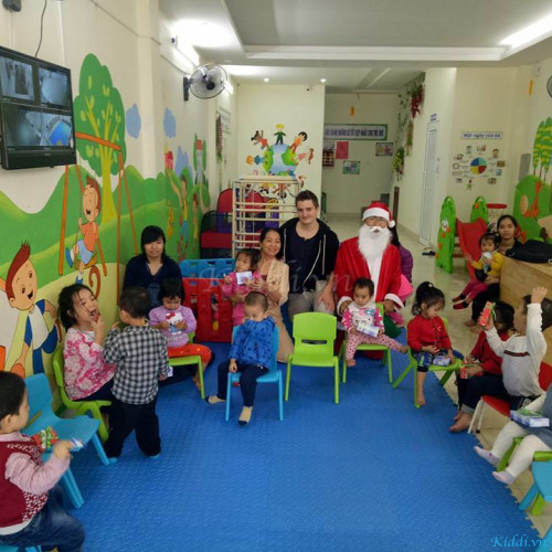 Trường Mầm Non Anh Đào Montessori - Khu đô thị Văn Phú