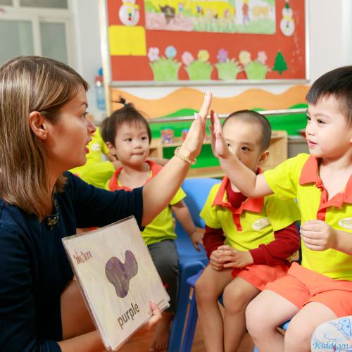 Trường mầm non Song ngữ Happy Feet Montessori - Mỹ Đình 1