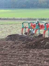 Kverneland AB AD, easy and efficient ploughing