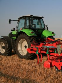 Kverneland CLC evo, two bar generation working with high hp tractors