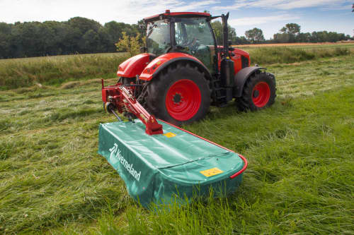 Plain Mowers - Kverneland 2500 H, hydraulic suspension and direct drive cutterbar for improved performance on field