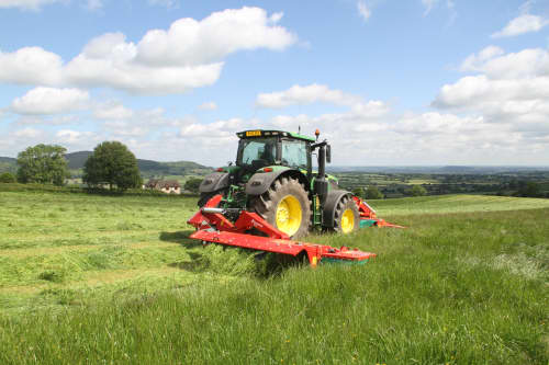 Mower Conditioners - Kverneland 3200 MN/MR low weight and aggressive conditioning