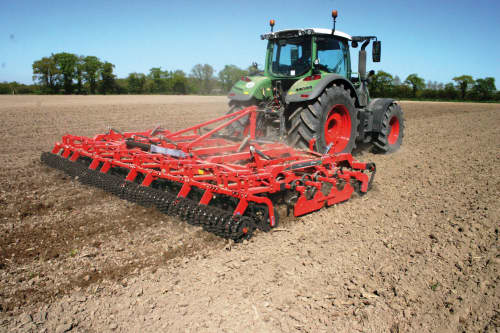 Kverneland TLG performing heavy-duty precision, optimal preparation for seedbeds