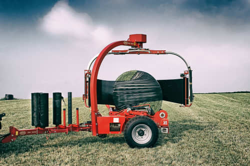 Bale Wrappers - VICON BW 2850, high volume and easy to use during operation. Its strong and stable allowing you to wrap on the move