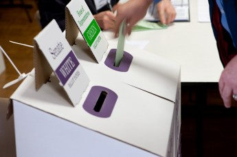 A House of Representatives ballot paper being cast at an Adelaide polling place during the 2010 federal election. Image courtesy of the Australian Electoral Commission.