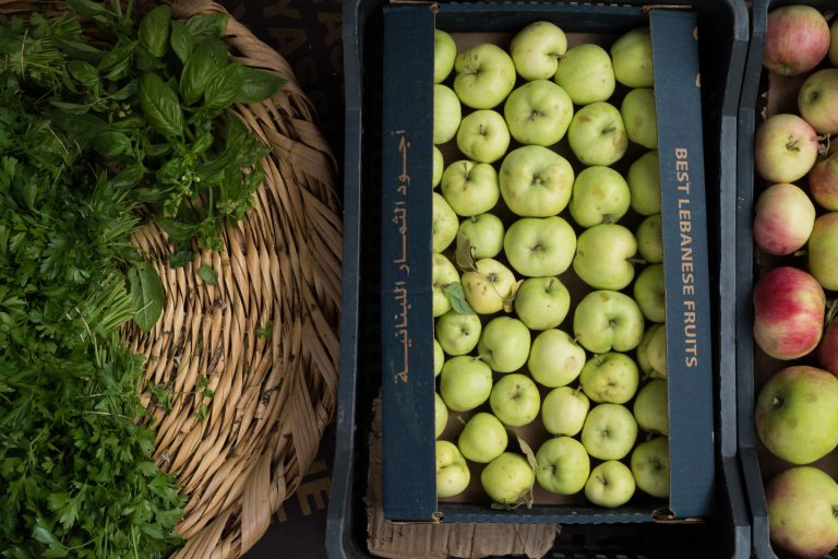 Save on organic produce by staying away from food box deals