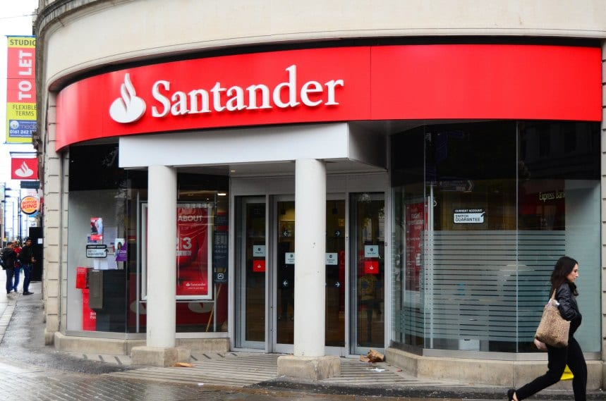 Santander to reduce lending amid Bank of England concerns about debt levels