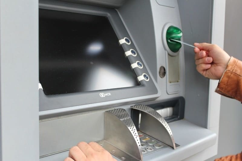 Link to protect free cash machines within a kilometer form each other