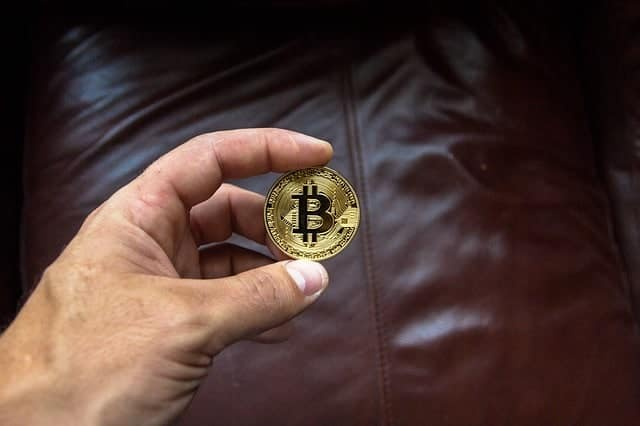 Cryptocurrencies credit card bans imposed by more banks | CLNews