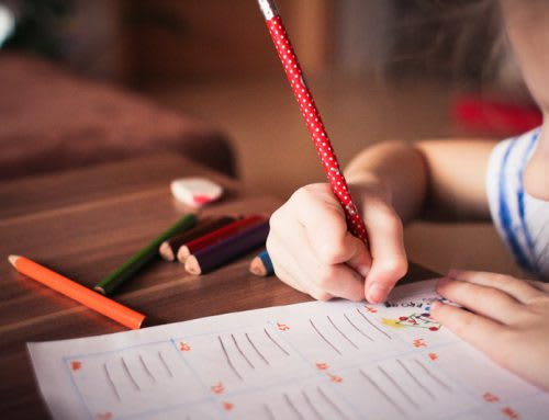 Kids struggle to hold pencils due to too much tech