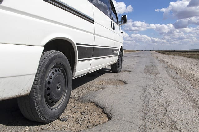 "Pothole epidemic a ""national disgrace"", says AA"