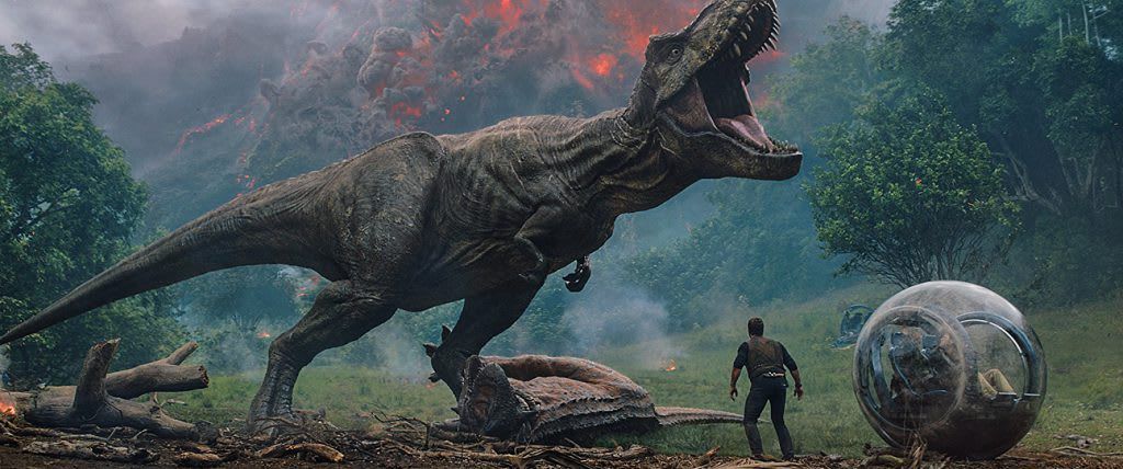 Jurassic World: Fallen Kingdom Review - Great CGI, Repetitive Story.