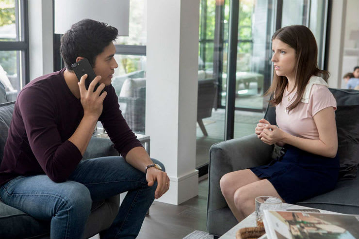 A Simple Favour Review: Twists and Turns Without the Brains