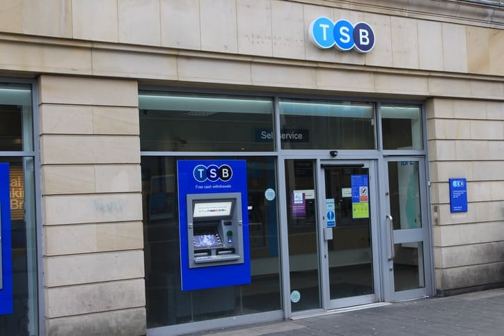 TSB chief Paul Pester to step down