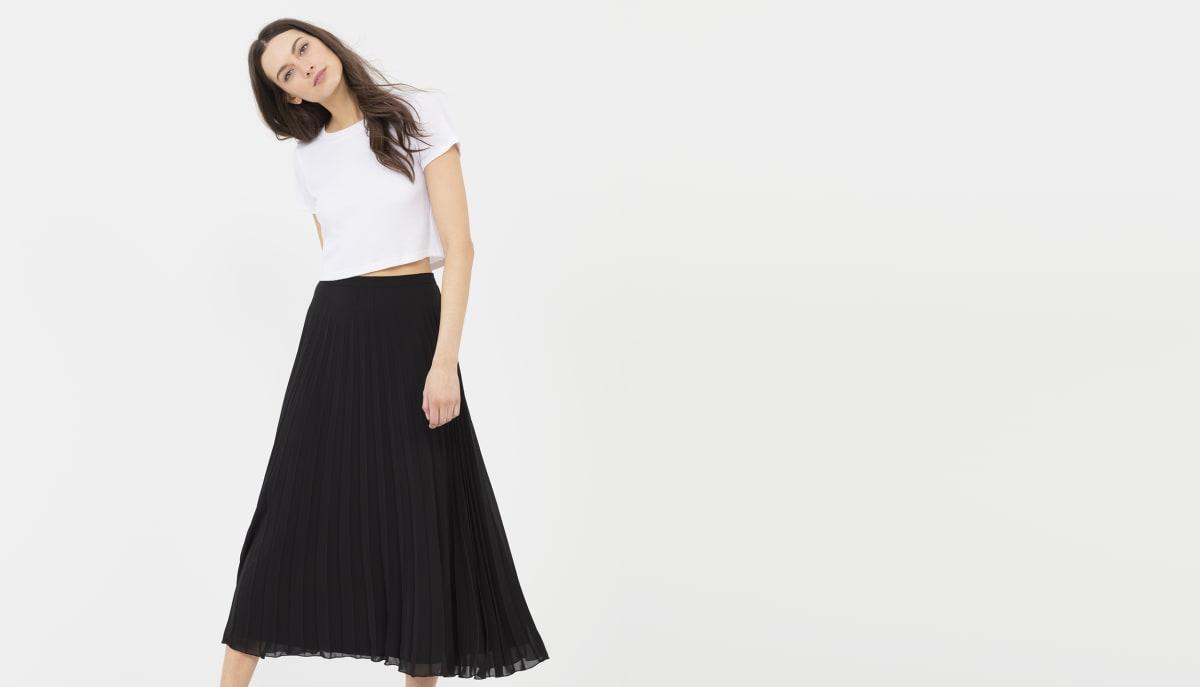 304540ae17 Black Chiffon Pleated Midi Skirt   Saddha