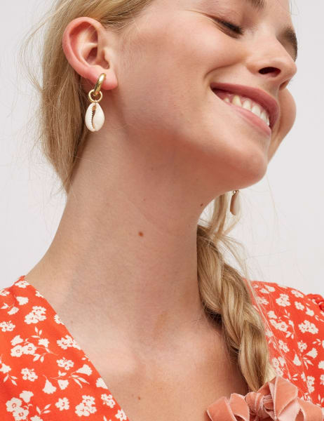Amme Cowrie Shell Hoops