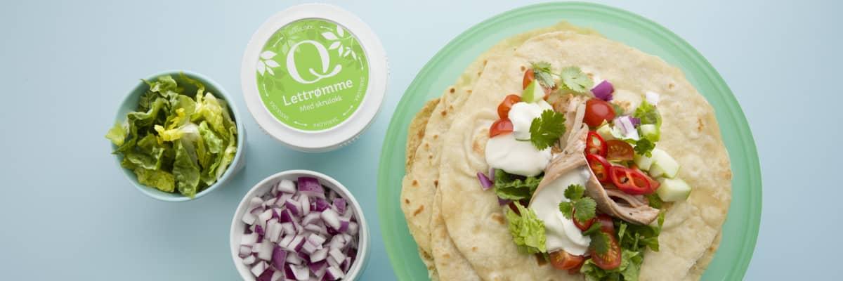 Taco med pulled pork og Q® Lettrømme