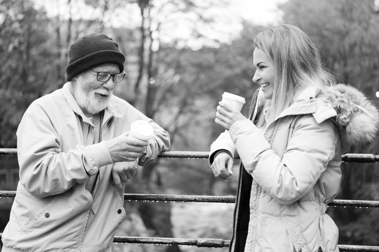 Trenger du en kaffeprat? I Goodify-appen kan du spørre om noen har tid til en prat, eller tilby noen som føler seg litt ensomme å dele en kaffe.