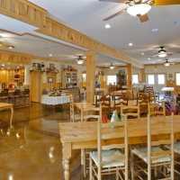Stay at blackberry Creek Retreat B&B - Springfield MO