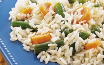 Garlic Green Bean and Rice Pilaf