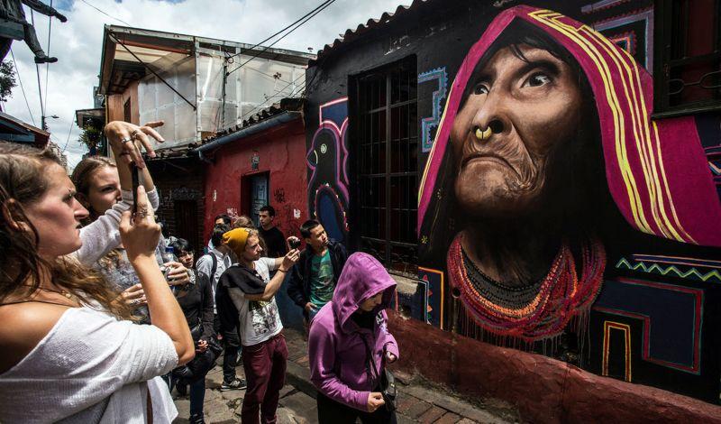 Bogota Graffiti: Bogota Walking Tour: Discover the Street Art Scene