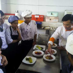 Vietnamese chef - Hanoi cooking class