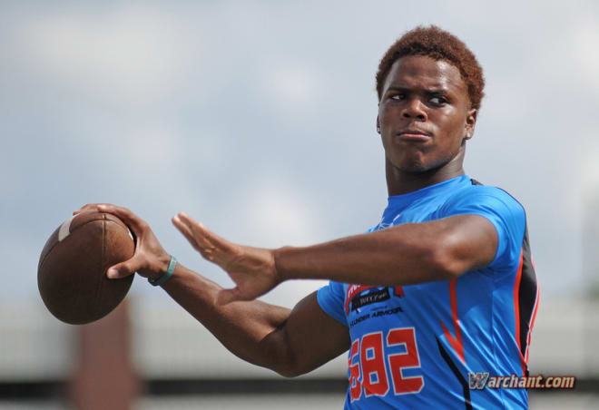 Francois prepares to throw a pass during a Rivals Series Camp in Orlando