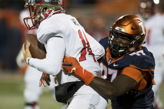 Defensive end Bobby Roundtree led Illinois in sacks, tackles for loss, and pass breakups last season.