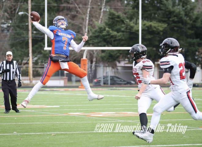 Oregon State QB commit Sam Vidlak (credit: 2019 Memories in the Taking)
