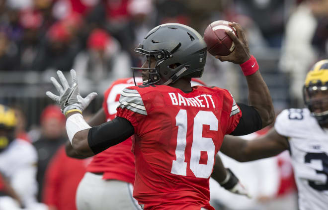 c22922436 BuckeyeGrove.com - J.T. Barrett named to O Brien and Unitas watch lists