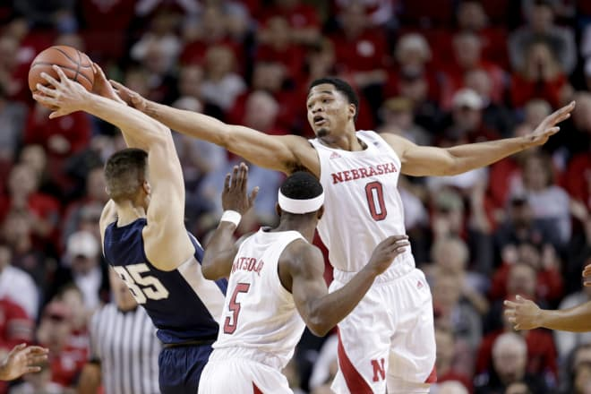Nebraska men's basketball upsets 25th-ranked IN on the road