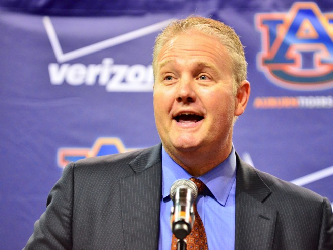 Auburn Athletic Director Jay Jacobs To Step Down By June 2018