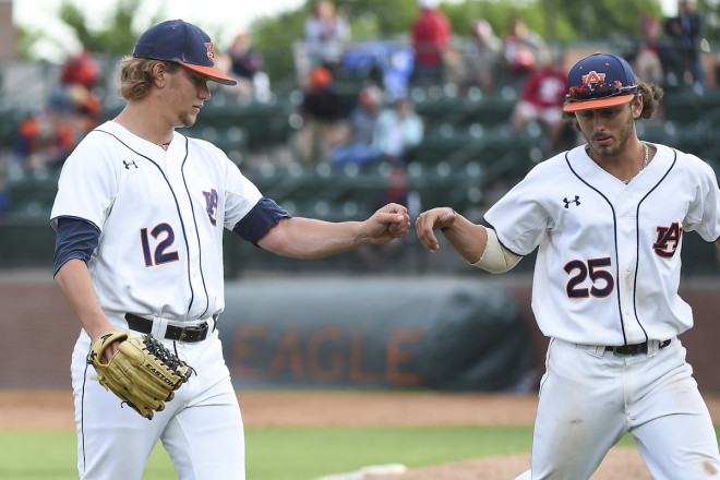 Alex Lange pitches complete game in 4-0 win over Auburn