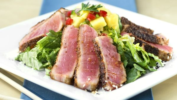 Hawaiian Blackened Tuna with Mango Salsa