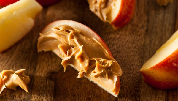 43. Apple slices with peanut butter