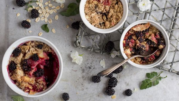 Ditch the pie crust—try fruit cobbler