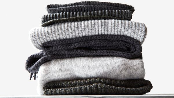 Wool and synthetic fibers