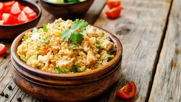 Buffalo-style chicken and quinoa
