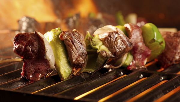 4 Healthy Barbecue Tips for Your Summer Cookouts