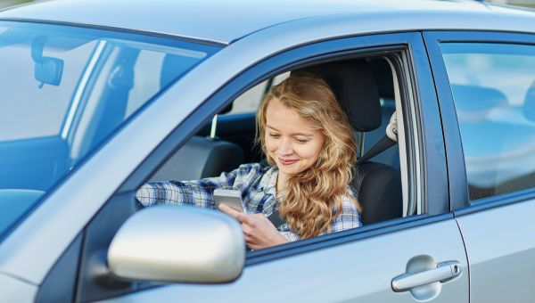 Are Teens Driven to Distraction Behind the Wheel?