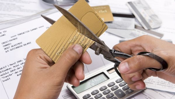 Two Reasons Not to Cut Up Your Credit Cards